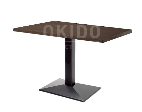 4831 - Plywood tafel 4-persoons