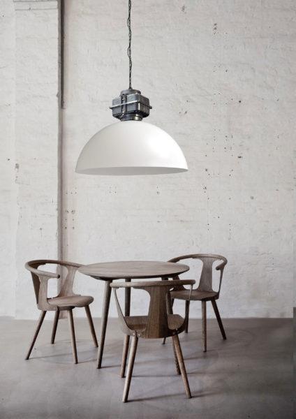 larino sfeer white white 2 424x600 - Lamp Larino Motorblok Gunmetal