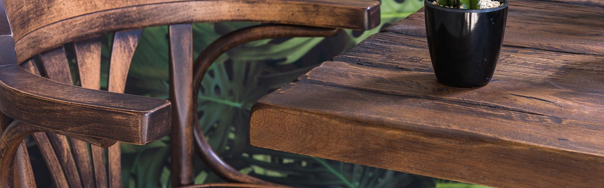 Bekijk onze houten tafels