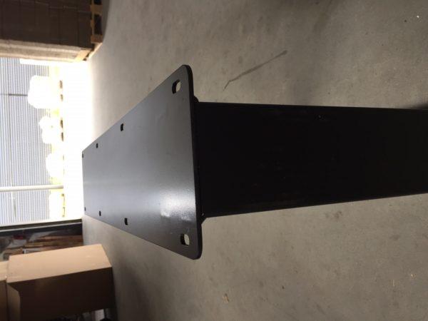 U poot C 600x450 - Stalen onderstel U-poot